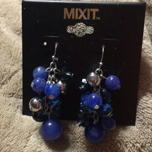 BNWT Beaded Drop Earrings